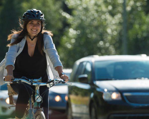 Cykelparkering finns i Kista Bright
